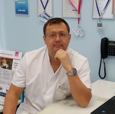 Семенов Артем Юрьевич - флеболог, хирург, эксперт по ультразвуковой диагностике вен